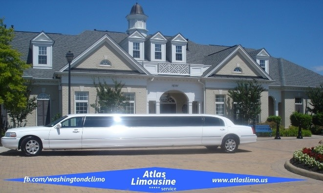 12-14 Passengers LincolnStretch Limo